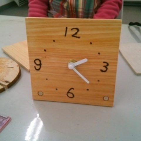 オリジナル木工時計づくりサムネイル